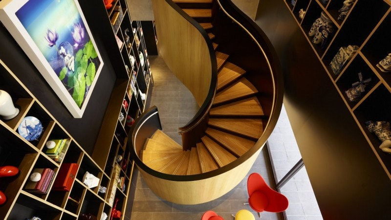 citizenm_taipei_staircase1.jpg